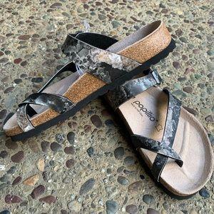 *NEW with Tag* Papillio sandals Mayari style